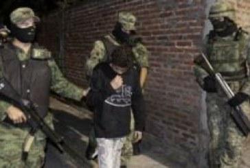 Menino é acusado de assassinatos que tiveram imagens divulgadas na internet