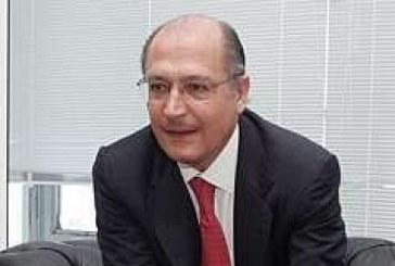 Alckmin se mostra otimista com a possível escolha da capital paulista para a abertura da Copa do Mundo.