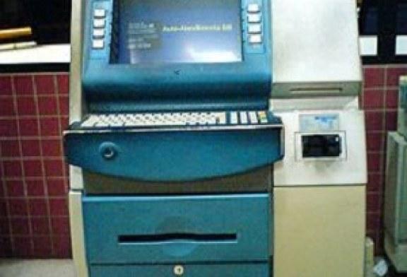 Polícia prende ladrões de caixas eletrônicos
