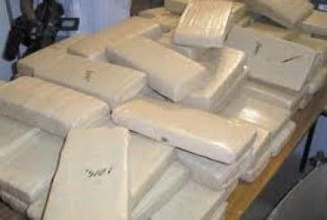 Três pessoas são presas por tráfico de drogas em Aparecida