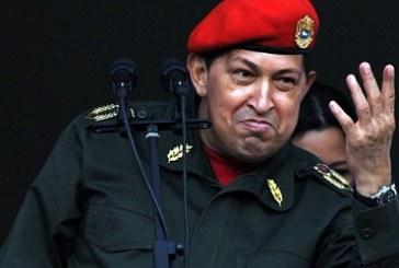 Hugo Chávez, retorna à Venezuela, diz que vai ganhar batalha pela vida