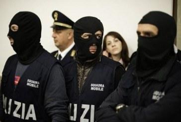 Itália prende acusados de tráfico  de imigrantes clandestinos
