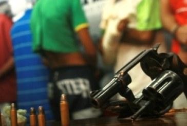 Mais de 4 armas apreendidas por dia