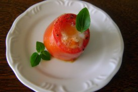 Tomate assado com ovo: receita rápida e surpreendente