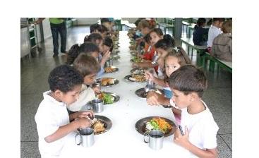 Educação de Goiânia discute na segunda-feira programa nacional de alimentação escolar