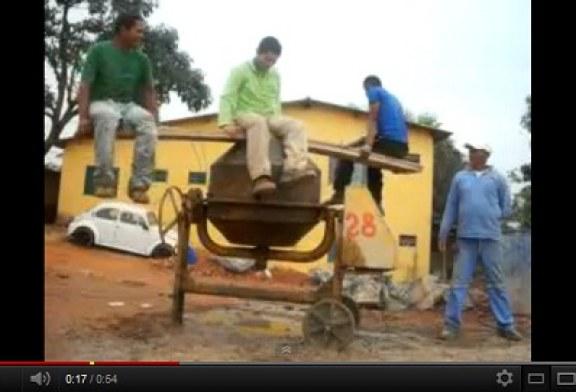 Vídeos Engraçados do You Tube: Uma Betoneira e Três Idiotas