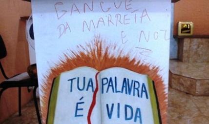 Bando rouba igreja em Manaus e fazem pichações e desenhos obscenos no altar