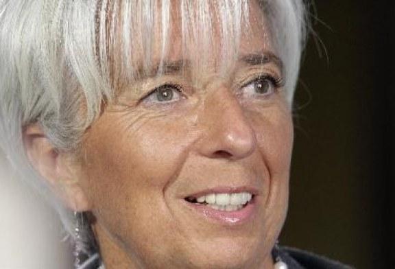 Lagarde afirma que é preciso salvar o euro em menos de 3 meses