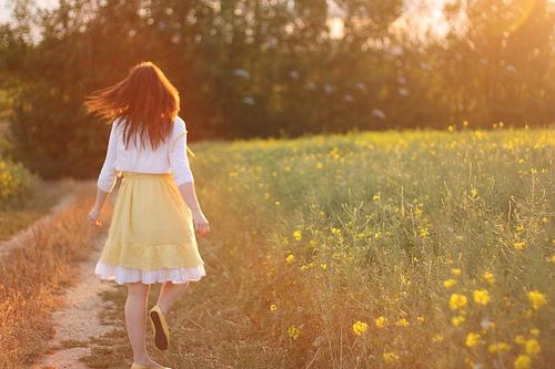 Deus pesa e mede, limita e ordena, minhas tristezas