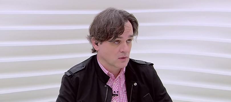 Diretor do 'Charlie' diz que atentado reforçou seu ateísmo