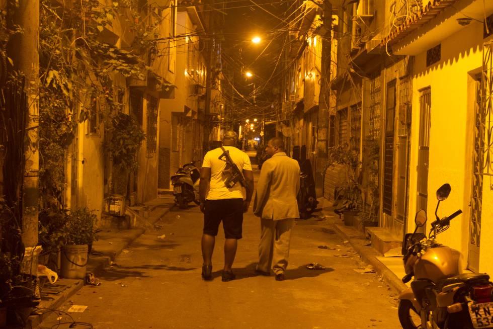 """Pastor se arrisca, evangelizando traficantes do RJ: """"Jesus vivia entre os pecadores"""""""