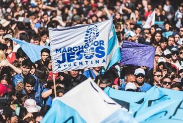 """Cerca de 25 mil cristãos oram nas ruas de Buenos Aires: """"Sonhamos com um país melhor"""""""