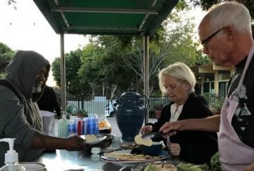 Igreja evangélica é proibida de ajudar moradores de rua, nos EUA