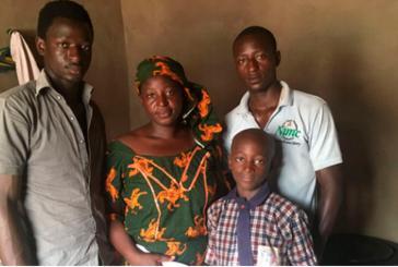 Viúva de pastor assassinado por extremistas tem sua casa 'inundada' com mensagens de apoio