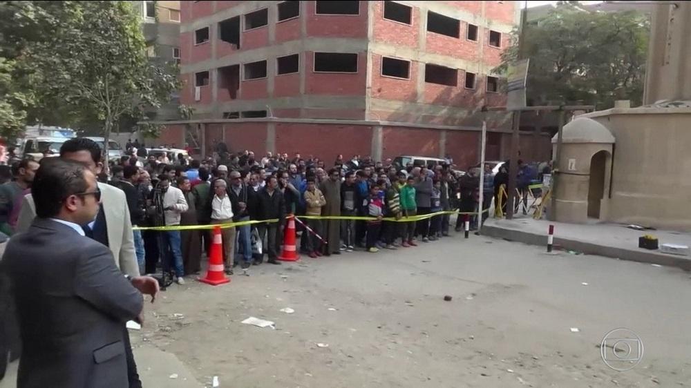 Terroristas atacam igreja e matam pelo menos 9 pessoas, no Egito