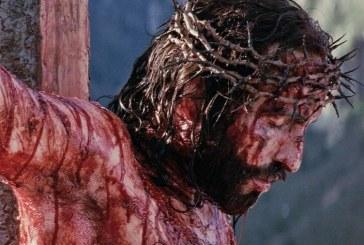 """Ator lembra das dores de Jesus em """"A Paixão de Cristo"""": """"Conosco não será diferente"""""""