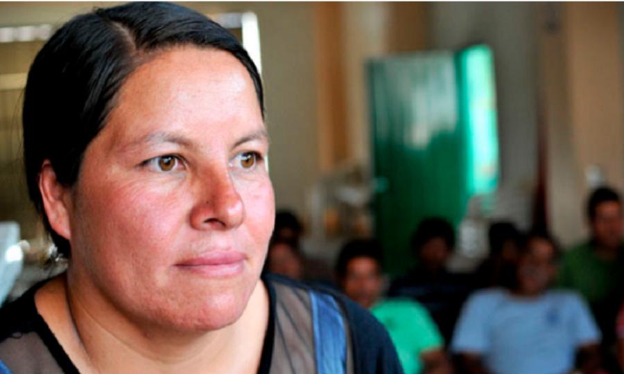 """Missionária enfrenta o crime para pregar: """"A paz vem quando saímos das quatro paredes"""""""