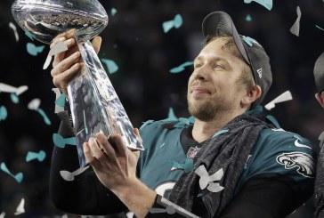 """""""Toda a Glória pertence a Deus"""", diz atleta ao vencer maior torneio de futebol americano"""