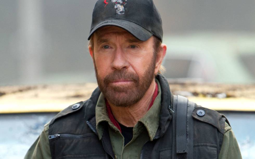 """""""Meu sucesso não tem nada a ver com sorte, mas sim com Deus"""", diz Chuck Norris"""