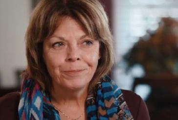 """Mulher abandona as drogas após se entregar a Jesus: """"Deus me tocou e nunca mais fui a mesma"""""""