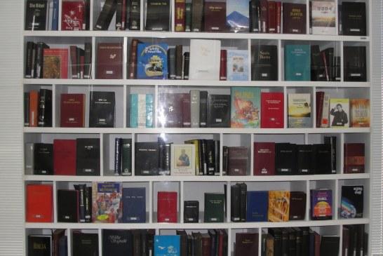 Museu particular possui mais de 8 mil Bíblias