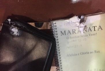 Igreja é atacada com bomba durante culto no interior de Minas Gerais