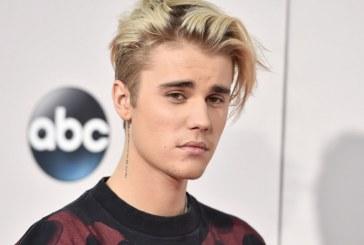 """""""Páscoa é um lembrete de que meu Jesus morreu e ressuscitou"""", diz Justin Bieber"""