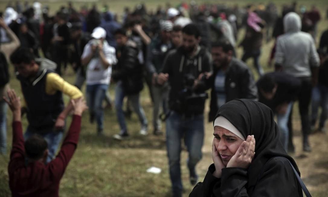 Palestinos são mortos e feridos durante marcha contra Israel na Faixa de Gaza