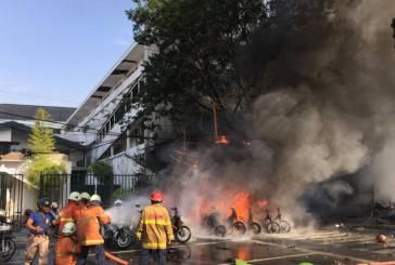 Estado Islâmico usa família de terroristas para explodir três igrejas na Indonésia