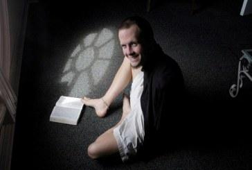 """Evangelista nascido sem braços dá seu testemunho: """"vivo pela graça de Deus"""""""