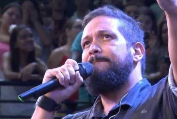 Fernandinho desabafa durante ministração em um evento