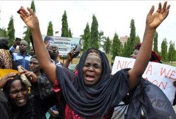 Terroristas islâmicos matam 120 cristãos em massacre, na Nigéria